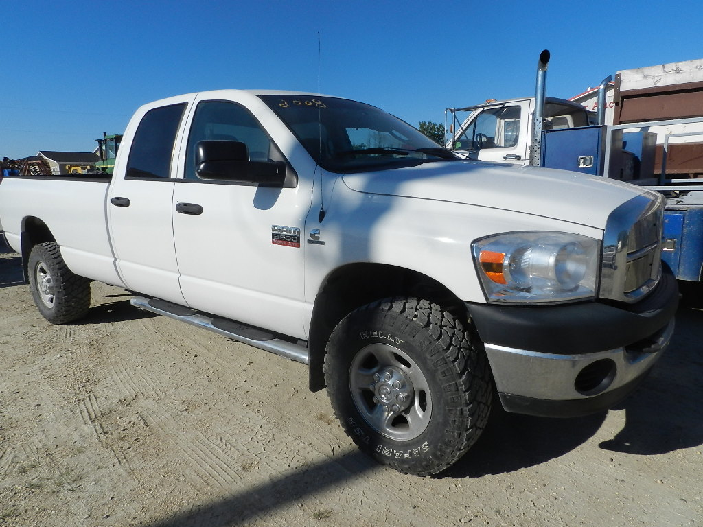 2008 dodge ram 3500 quad cab safetied 6 7l cummins penner auction sales ltd. Black Bedroom Furniture Sets. Home Design Ideas